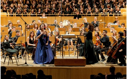 Gran éxito del concierto solidario del Día del Niño